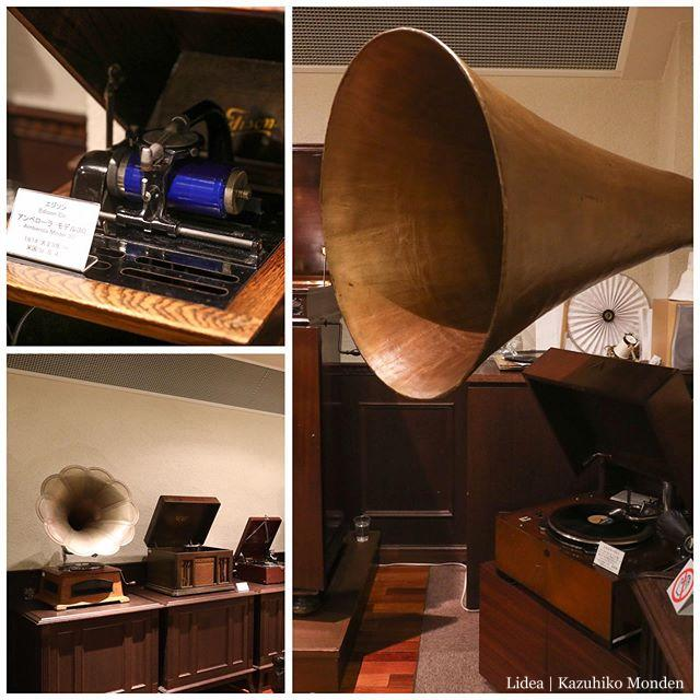 なんの振り戻しなのか知らないけど、「電気なんかなくてもちゃんと鳴る楽器・音響機器」に逆に興味が湧く。手回しオルガンは古来のシーケンサー付き音源だし、ゼンマイ式の蓄音器とか本当に凄い。