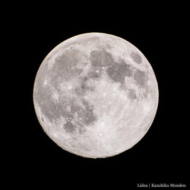 2020-0407 23:35JST正確な満月は12時間後。