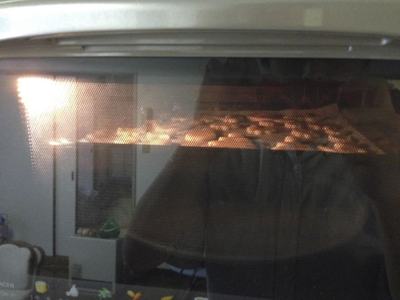 クッキーを焼く